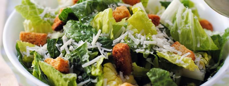 jesters-restaurant-pub-salad
